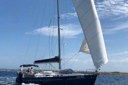 Rental Sailboat BENETEAU OCEANIS 411 Carloforte