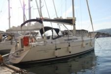 Beneteau Oceanis Clipper 343 in Cecina for hire