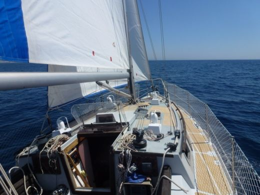 Sailboat Carroff CHATAM EXTREM 330 for hire