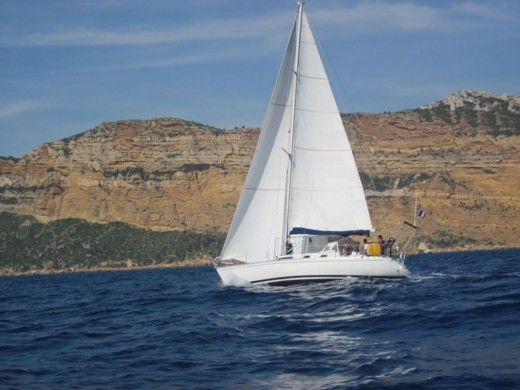 BENETEAU First 375 a Marseille da noleggiare