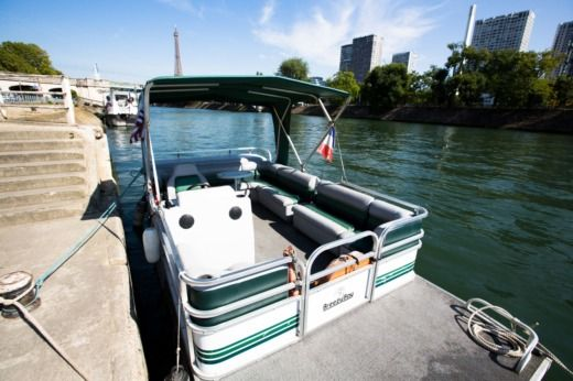 Motorboat RIVA River Cruiser for hire
