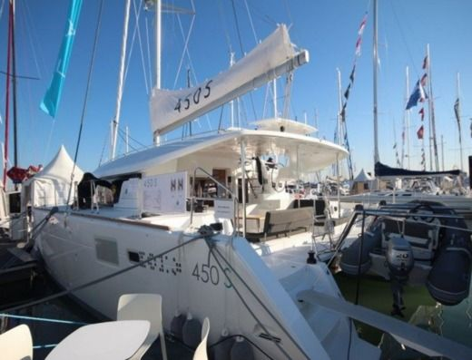 Rental Catamaran Lagoon 450 Sport Top Ajaccio
