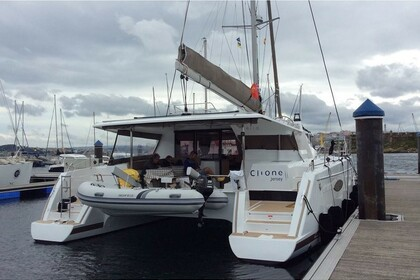 Rental Catamaran Fountaine Pajot Helia 44 Punat