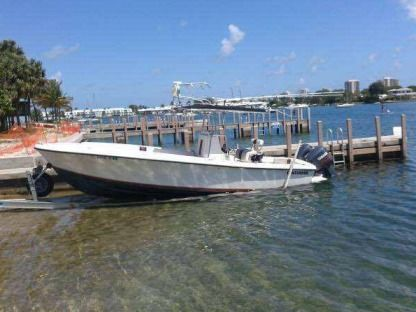 Rental Motorboat Contender Twin V6 Jupiter