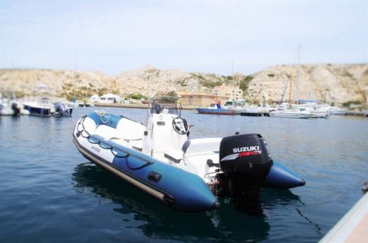 BOMBARD Starter in Marseille for hire