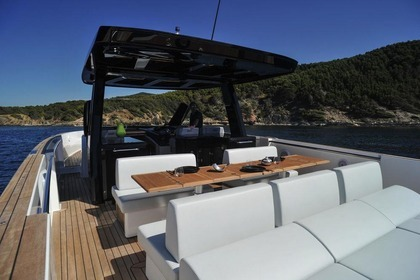 Charter Motorboat Fjord 48 Open Ibiza