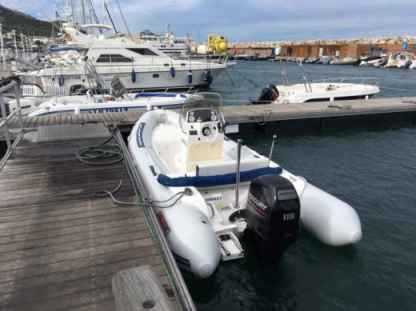 Rental RIB Valiant 580 Confort Marseille