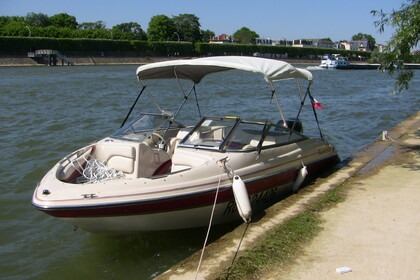 Rental Motorboat Glastron 180 Gx Villeneuve-Saint-Georges