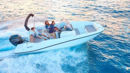 Rental Motorboat Quicksilver 675 Activ Open La Rochelle