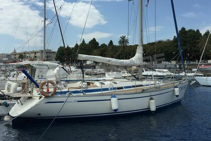 Hire Sailboat Bavaria Bavaria 38 Burela
