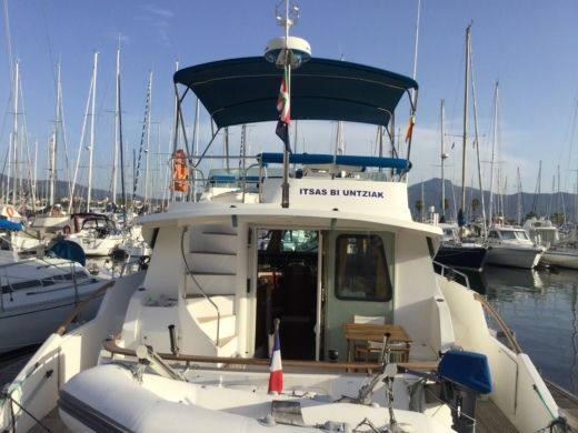 Charter motorboat in Biarritz peer-to-peer