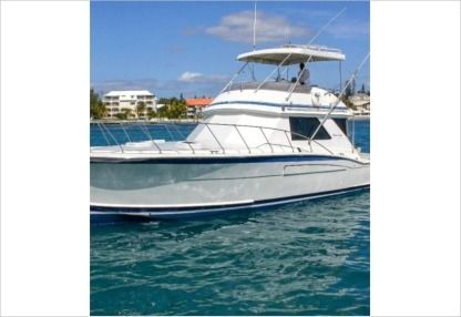 Charter Motorboat Chris Craft 48 Nassau