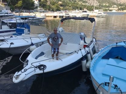 Rental Motorboat Quicksilver 630 Wa Beaulieu-sur-Mer