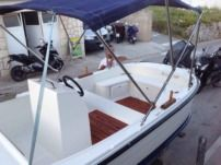 Motorboat Betina 30Hp for hire