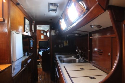 Sailboat Hinckley 49 Ketch for hire