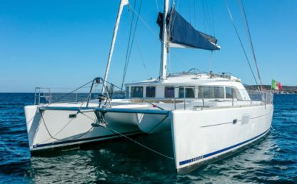 Charter Catamaran Lagoon 440 Portisco
