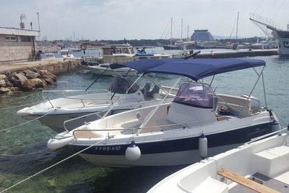 Hire Motorboat Ocean Master 605 Vodice