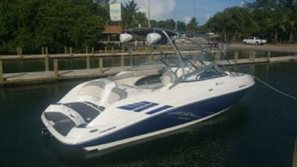 Rental Motorboat Yamaha Sx230 Miami Beach