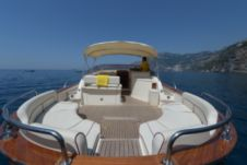 Motorboat Apreamare 38 Open for hire