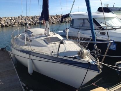 Rental Sailboat Gilbert Marine Gibsea 26 Marseille