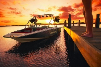 Rental Motorboat MASTERCRAFT 45 Page