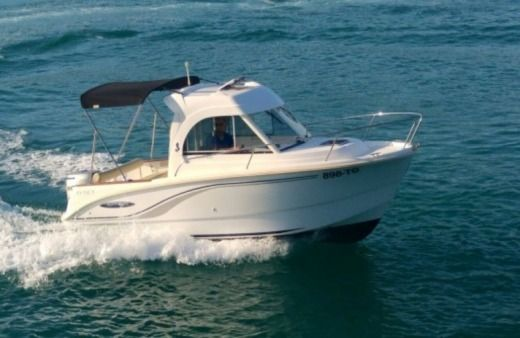 Beneteau Antares 650 in Trogir for rental