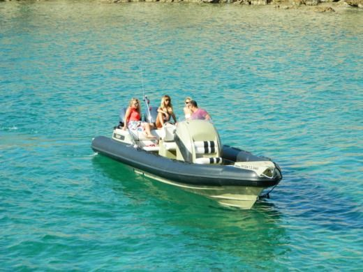 Charter rIB in Glyfada peer-to-peer