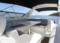 Motorboat Sunseeker Renegade 60 for hire