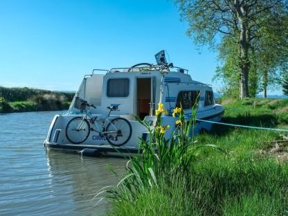 Location Péniche Crown Cruisers Cirrus B Vinkeveen