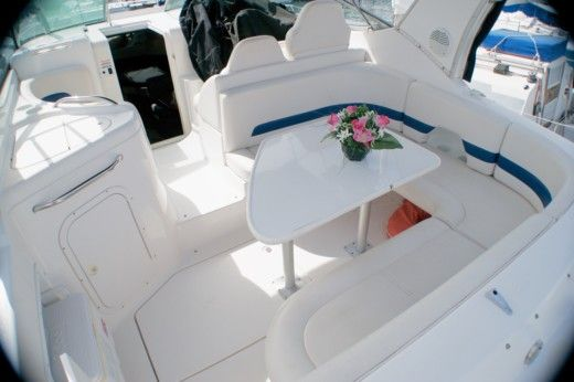 CHAPARRAL 300 SIGNATURE in Cannes peer-to-peer