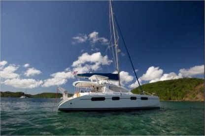 Charter Catamaran Leopard - Robertson & Caine 46 Saint Vincent and the Grenadines