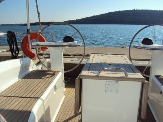 Charter Sailboat Bavaria Cruiser 45 lefkas