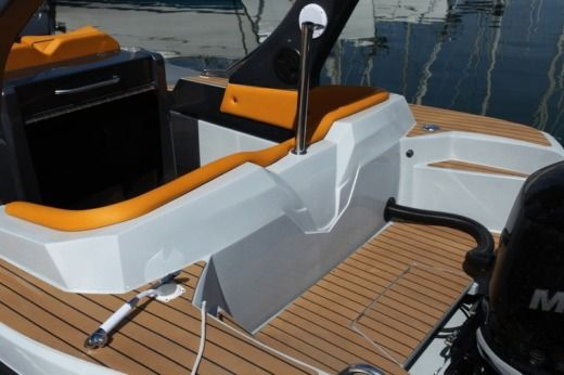 RIB ITALBOATS STINGHER for hire