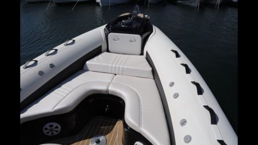 Rental rIB in Grimaud