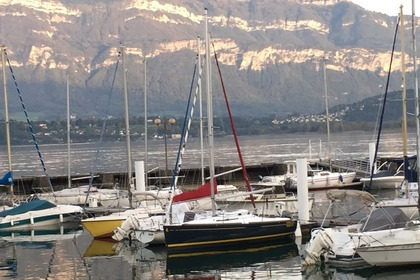 Hire Sailboat BENETEAU FIRST 20 Le Bourget-du-Lac