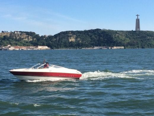 Bayliner 1850 Ss Capri Bowrider in Lisbon for hire