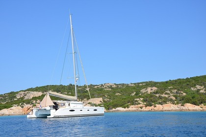 Rental Catamaran FOUNTAINE PAJOT SALINA 48 Cogolin