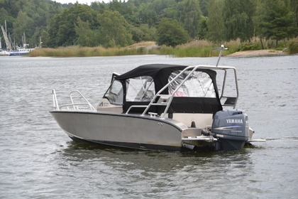 Hire Motorboat Anytec 530 SPD Brest