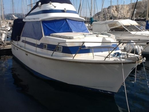 Motorboat Amerglass 32 Vedette for hire