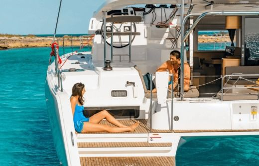 Location Catamaran Fountaine Pajot Lagoon 42 Ajaccio