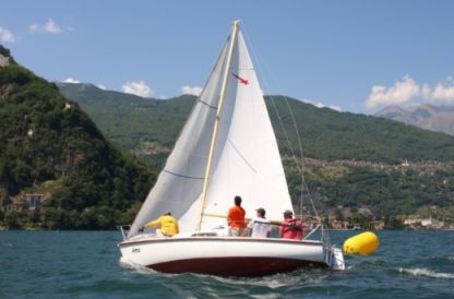 Charter Sailboat Meteor 6 Mt Pianello del Lario