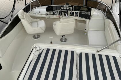 Charter Motorboat Regal 3880 Hallandale Beach