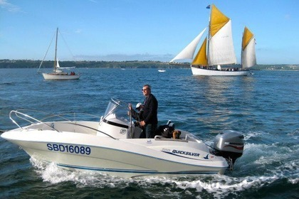 Charter Motorboat QUICKSILVER OPEN 555 Paimpol