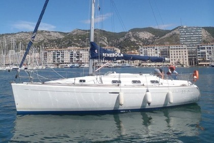 Location Voilier BENETEAU FIRST 33.7 Toulon