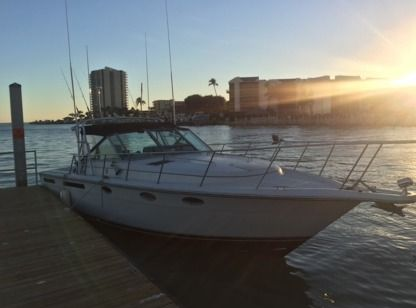 Charter Motorboat Tiara Open 31' Key West