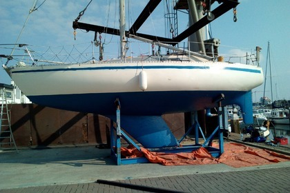 Hire Sailboat BENETEAU FIRST 30 Yerseke