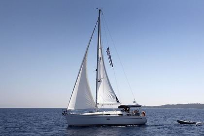 Hire Sailboat BAVARIA Bavaria 37 Corfu