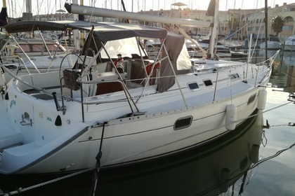 Hire Sailboat BENETEAU Oceanis 351 Clipper Ibiza