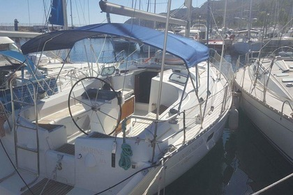 Rental Sailboat BENETEAU OCEANIS CLIPPER 381 Ajaccio