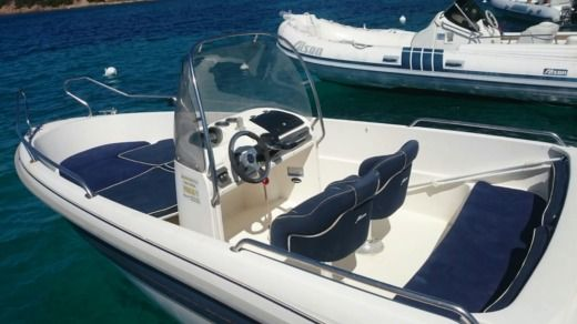 Yamarin 650 in Baja Sardinia for hire